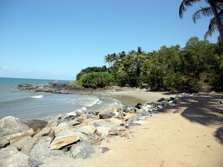 Campervan Rental - Stop at Port Douglas