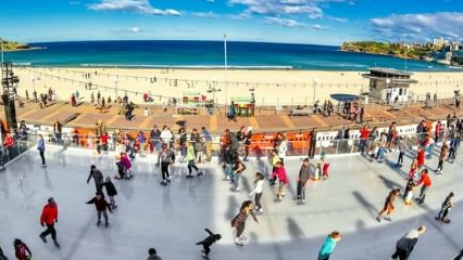 Bondi Ice skating rink by the beach in Australia