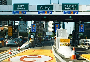Toll Roads in Sydney E-Tag lanes on Sydney Harbour Bridge