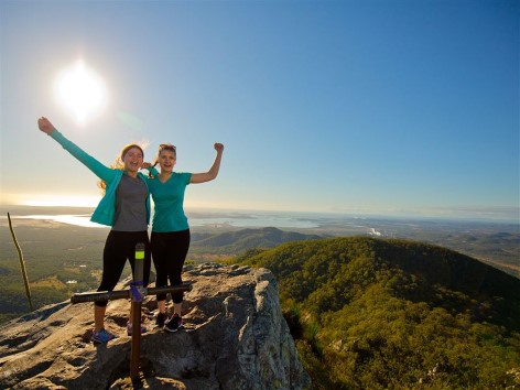 Mount Larcom - Enjoy an unforgettable view!