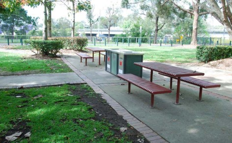 Wylie Park - Free barbecue facilities and overnight accommodation